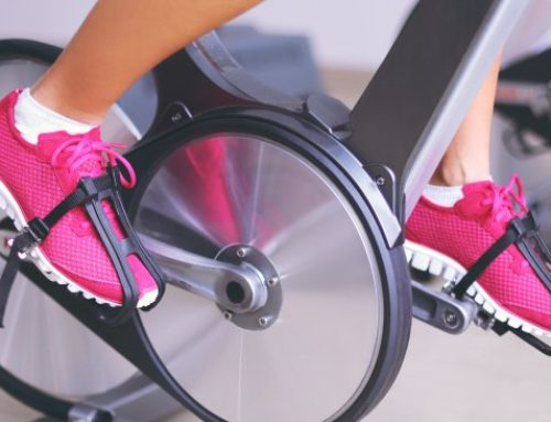 Spin Class: A Checklist for Beginners + Benefits of Indoor Cycling